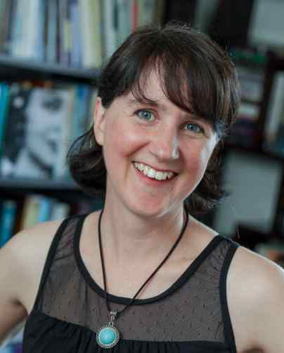 Sarah Arthur - Author portrait best2